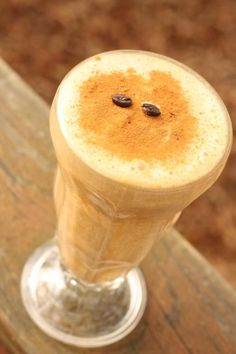 FUN UP YOUR FALL WITH THIS PUMPKIN SPICE FRAPPE | Trim Healthy Mama