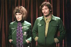 Noel Fielding as Vince Noir and Julian Barret as Howard Moon in The Mighty Boosh. Julian Barratt, Noel Fielding, Comedy Duos, Comedy Tv, Dave Brown, Prince Girl, English Comedians, Be My Hero, The Mighty Boosh