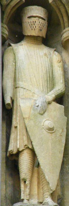 Wells Cathedral effigy 1240 631b.JPG (811×2421)