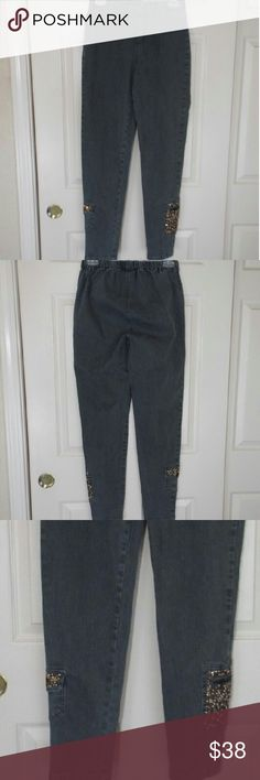 DG2 by Diane Gilman Comfort Waist Jeggings DG 2 Comfort Waist Jeggings in a very beautiful pine green color, never worn in great conditions. Inseam ( Average ) 29 , the total length 39 DG2 Pants Skinny