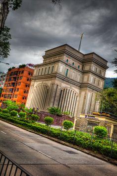 Hong Kong Temple - HDR
