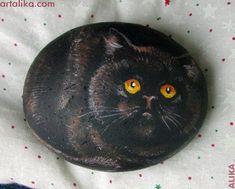 painted rocks: cats from Alika