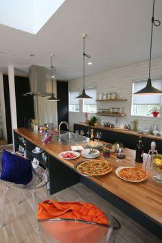 名古屋・安城・江南・春日井を中心に、注文住宅・リノベーションを手がけるla CASAの施工実績をご紹介します。私たちは家づくりを通して「JOYある豊かな暮らし」をご提案しています。高いデザイン性と品質で、あなたの理想のライフスタイルを叶える家をお届けします。