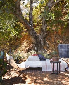 20 Patio Decor Ideas for Lazing Al Fresco This Summer Budget Patio, Small Patio Ideas On A Budget, Patio Decorating Ideas On A Budget, Decor Ideas, Small Outdoor Spaces, Outdoor Rooms, Outdoor Living, Outdoor Furniture Sets, Outdoor Decor