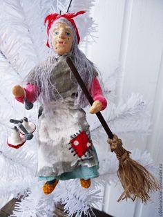 Купить Баба Яга- ватная игрушка - серый, красный, зеленый, белый, желтый, платок, мухомор