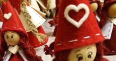Mi piace cambiare e provare tecniche nuove. creo cose semplici che ritengo carine.Venite a trovarmi e giudicate Voi... Simple Christmas, Christmas Diy, Christmas Ornaments, Gingerbread Cookies, Holiday Decor, Easy, Crafts, Food, Christmas Crafts