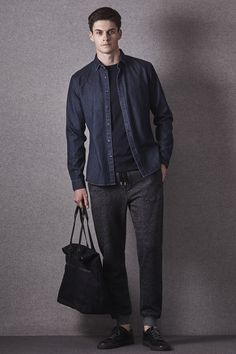 Reiss Shows How to Wear Men's Joggers for Fall