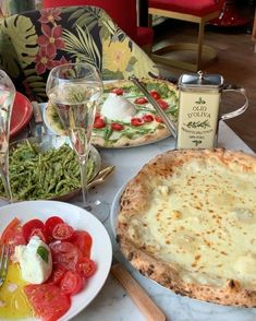 Food N, Food And Drink, All Carb Diet, Yummy Food, Tasty, Aesthetic Food, Food Diary, Italian Recipes, Love Food