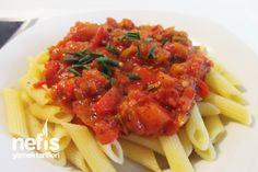 Arabiata Soslu Makarna (Penne Arabiata, acılı) Baked Spaghetti Pie, Turkish Recipes, Ethnic Recipes, Pasta Bake, Penne, Food Photo, Bon Appetit, Macaroni, Noodle