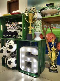 Soccer Birthday Parties, Football Birthday, Sports Birthday, Soccer Party, Sports Party, Theme Sport, Soccer Decor, Soccer Banquet, Football Themes