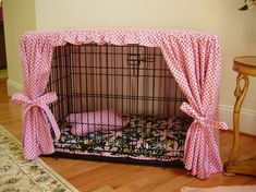 Dog crate cover. I can't find a pattern for this, but mb I can figure it out.