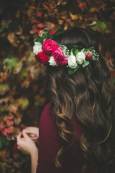 Shared by Ãsôsh ❀. Find images and videos about girl, photography and hair on We Heart It - the app to get lost in what you love.