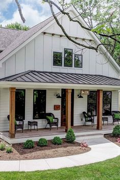 Must See Metal Building Homes - House Topics There are beautiful homes and there are VERY beautiful metal building homes. We present amazing list of must see metal homes that we cherry picked. Steel Frame House, Steel House, Steel Building Homes, Building A House, Metal Building Houses, Barndominium, Kit Homes, Modern Farmhouse, Farmhouse Style