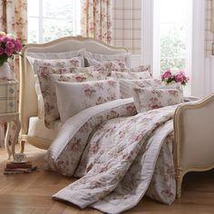 Dorma Bedding Set - Clarence http://www.victorialinen.co.uk/acatalog/Dorma-Bedding-Clarence.html