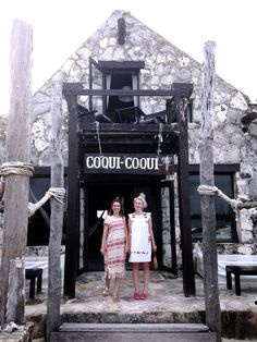 TULUM TRAVEL GUIDE - the second day we decided to spend the day at coqui coqui since we didn't get to actually stay there. it really is an unbelievable spot. they only have 8 rooms, and everything just says RELAX. we decided to get the three hour (!) massage/bath ritual. it had an aloe vera wrap, a rose water bath, and massage. i've never had a better spa experience. it felt like we were in some sort of secret spot. as we got our massages, rain started pouring outside and it was so peaceful.