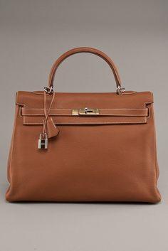 Hermes Gold Kelly 32 Clemence Handbag