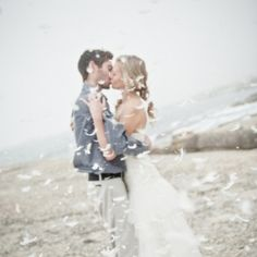 A beach pillow fight makes for a fun and romantic anniversary shoot! (Pics: Shireen Louw)
