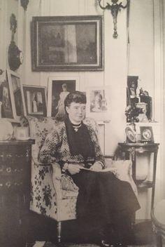Ancient World History, European History, Unicorn Tapestries, Tapestry, Vintage Photographs, Vintage Photos, Anastasia, Romanian Royal Family, House Of Romanov