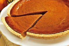 Are you on a low carbohydrate diet and looking for a ketogenic diet recipes? Then try our Low Carb Keto Recipe, A very Simple Low Carb Pumpkin Pie Keto Recipe Low Carb Pumpkin Pie, Easy Pumpkin Pie, Pumpkin Pie Recipes, Fall Recipes, Diet Recipes, Spiced Pumpkin, Pumpkin Pumpkin, Healthy Pumpkin, Canned Pumpkin