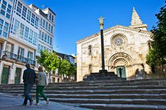 🚢 Today Aurora, tomorow SagaPearl II 🚢  Welcome cruisers! Get the cruise guide and enjoy our city? ➡ bit.ly/cruise_plan  #VisitCoruna Barcelona Cathedral, Aurora, Cruise, How To Plan, City, Building, Travel, Cities, Scenery