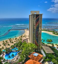 Rainbow Tower at Hilton Hawaiian Village by Go Visit Hawaii, via Flickr      Where I would like to be today...