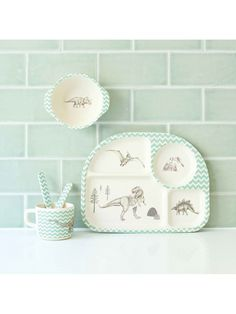 ... dinner set is made up of 5 pieces of quality bamboo with a green zig zag pattern and grey dinosaur illustrations. The quality of these dinnerware sets ...  sc 1 st  Pinterest & Dinosaur Childrens Dinner Set | Dinnerware Sets | Crab and The Fox ...