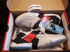 Nike Air Huarache Drift Premium Platinum/Black/Racer Pink AH7335 003 Men Size 10 #Platinum #BasketballShoes Mens Running, Running Shoes For Men, Black Racer, Nike Air Huarache, Huaraches, Basketball Shoes, Trainers, Air Jordans, Adidas Sneakers