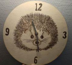 #pyrography #wallclock #hedgehog #mybestie #pirográfia #törpesün #woodburning #woodworking #handmade #madewithlove #april #madeinhungary #magyartermék #homedecor #homedecoration #hedgehogart #hedgehoglover #Odinthehedgehog #hedgehogsofinstagram #petsofinstagram #hedgehoglife #mik Hedgehog Art, Pyrography, Compass Tattoo, Tattoos, Home Decor, Tatuajes, Decoration Home, Room Decor, Tattoo