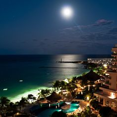 Full Moon Over Cancun, Mexico