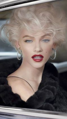 Marilyn Monroe makeup. So classic and beautiful. Model Ginta Lapiņa.