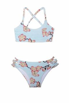Strings on top and bottom. Perfect for every occasion. Girls Bathing Suits, Two Piece Swimsuits, These Girls, Two Pieces, Bikini Girls, Summer Time, Bikinis, Swimwear, One Piece