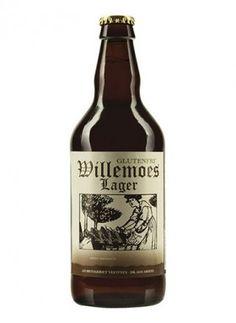 """WILLEMOES LAGER GLUTENFRI / Lager – 5,5%  Willemoes Lager er en glutenfri øl*, brygget af omhyggeligt udvalgte råvarer; pilsnermalt, majs og højkvalitets aromahumle.  Øllet har en rig smag med god mundfylde og en udpræget, """"lige på"""" bitterhed. Humlearomaens noter af citrus og honning, spiller godt sammen med maltduftens antydning af sommerafgrøder. Og dens sødme og frugtighed har en lang efterklang.  Øllets farve er gyldent med en let snehvid skum. Bør serveres ved 6-7 °C.  *Glutenindholdet…"""