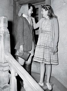 De Havilland and Fontaine, 1940s.