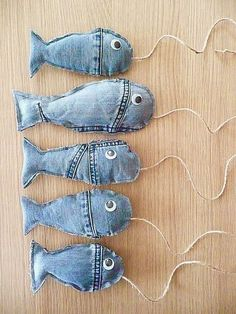 from an old jeans. denim Fish from an old jeans. - Fish from an old jeans. denim Fish from an old jeans. Jean Crafts, Denim Crafts, Fabric Crafts, Sewing Crafts, Sewing Projects, Diy Projects, Artisanats Denim, Denim Ideas, Recycle Jeans