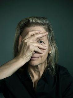 Annie Leibowitz.  Amazing. LOVE everything about her ...