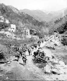 Samedi 5 août 1944 : les troupes alliées entrent dans Florence où des partisans se battent depuis quelques semaines contre les troupes allemandes