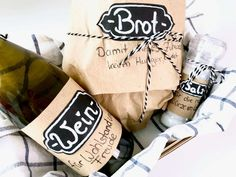 Bread, salt and wine - a classic gift to move in. Repackaged - Bread, salt and wine – a classic gift to move in. Sweet 16 Party Decorations, Birthday Party Decorations For Adults, Valentines Day Decorations, Xmas Gifts, Valentine Day Gifts, Diy Birthday Backdrop, Experience Gifts, Diy Gifts For Boyfriend, Teacher Gifts