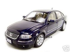 2001 Volkswagen Passat Diecast Model Blue 1/18 Die Cast Car By Welly