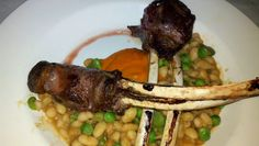 Lamb chops with squash puree and white beans. Aquitaine.