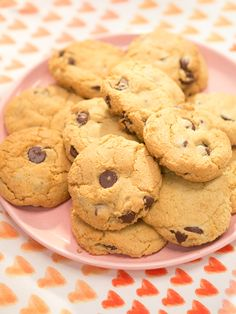 This could be veganized easily.  They suggest using all baking soda to get  a better result.  We're not bakers in my family so I'll have to try it.  Have yet to find a good vegan chocolate chip cookie recipe.  Chocolate Chip Cookies recipe from Katie Lee via Food Network