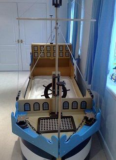 Ethan likes idea of a storage compartment at front of ship bed in pirate room. Pirate Bedding, Pirate Bedroom, Kids Bedroom, Pirate Nursery, Pirate Ship Bed, Pirate Ships, Bedroom Themes, Bedroom Ideas, Bedroom Designs