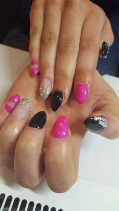 Diamond delight gel nails