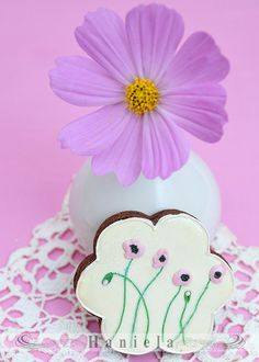Poppy Flowers Cookie