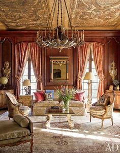 Looking for decorating ideas? Browse beautiful interiors on Architectural Digest for the perfect inspiration to help you design your dream home. Victorian Interiors, Victorian Homes, French Interiors, Architectural Digest, Texas Mansions, Oaks House, Classic Interior, Luxury Interior, Decoration Design