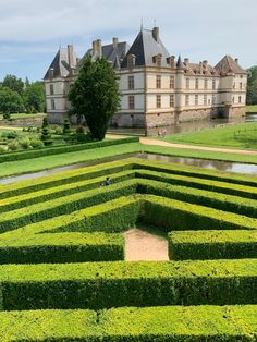 Summer in Burgundy France is full of outdoor activities. We love this maze and the gardens at Chateau de Cormatin. Just a short drive from Véraison, our holiday rental cottage in Meursault, we've been visiting since our children were little. This photo with them as teens shows the maze is always a thrill. According to the website, Chateau de Cormatin will reopen at the end of March. Find out more about this site and more fun summer activities in Burgundy at our tourism guide. Fun Summer Activities, Outdoor Activities, Burgundy France, Teen Shows, Maze, Cottages, Tourism, Things To Do, Gardens