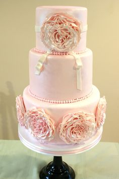 beautiful soft pink cake