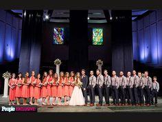 Jessa Duggar and Ben Seewald had a Duggar-sized wedding party: 11 bridesmaids and 10 groomsmen! Maid of Honor: Jinger Duggar Best Man: . Jessa Duggar Wedding, Familia Duggar, Duggar Family Blog, Duggar Girls, Dugger Family, 19 Kids And Counting, Thing 1, Family Show, Girls Dream