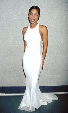 Toni Braxton attended the 1997 Grammys in New York City and won big! She took home Best Female R&B V. Toni Braxton, Foreign Celebrities, Natasha Bedingfield, Concept Clothing, Linda Thompson, 90s Fashion, Fashion Outfits, Nelly Furtado, Red Carpet Looks
