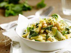Zucchini + weiße Bohnen: Diese Kombi gefällt der veganen Paste richtig gut! |