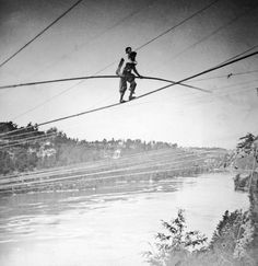 Blondin Walked Across Niagara Falls By Tightrope: Blondin Carried a Man